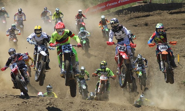 Keylan Meston leads a pack of motocross racers.