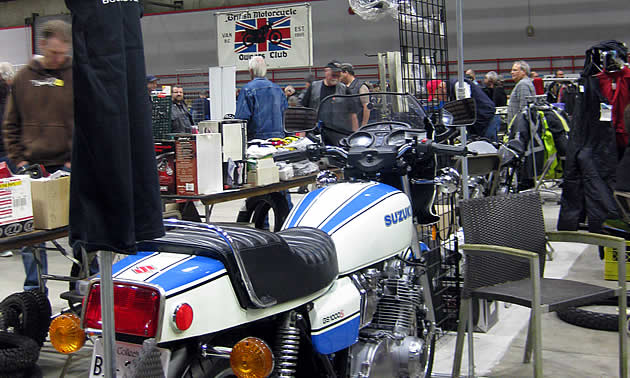 A blue and white Suzuki GS1000S.