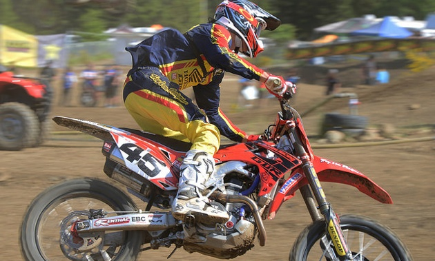 Colton Facciott currently leads the MX1 Championship series.
