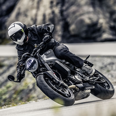 Photo showing a rider on the new Vitpilen 701 motorcycle.