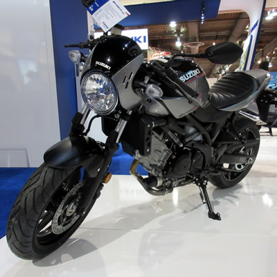 Black Suzuki SV650X ABS for 2018.