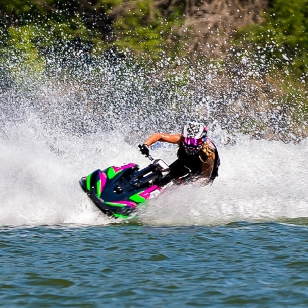 Carla Hunt made her return to the jet ski racing scene this year after a hiatus of about 4 years.