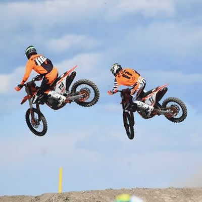 Davi Millsaps and Kaven Benoit air it out during round 3 of the CMRC pro nationals.