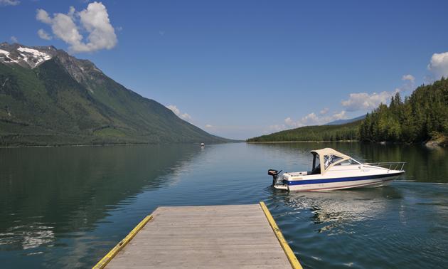 Boating on Kinbasket Lake near Valemount, B.C.
